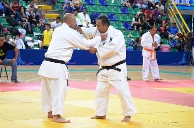 第3回日本大使杯柔道大会を開催...